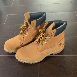 "Brand New Timberland Men's Icon 6"" Boot"